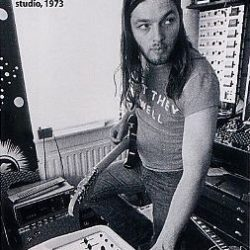 Young David Gilmour Photos (34)